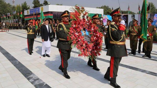 د افغانستان حکومت د ازادۍ ورځ په داسې حال کې لمانځي، چې د هېواد ګڼو ولایتونو کې د ناامنیو او جګړو ځپې د پخوا په پرتله غځېدلې دي.
