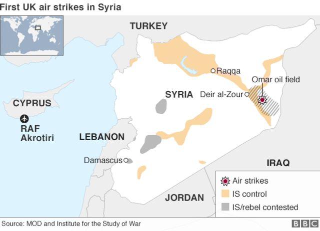 英軍が最初に空爆したシリア東部の油田とキプロスの英空軍基地の位置関係