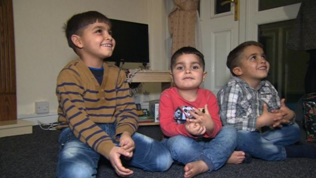 Children who have arrived from Syria with their parents