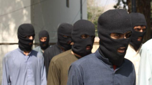 Maleeshiyaad looga shakisan yahay inay ka tirsan yihiin Dowladda Islaamka ayaa lagu qabtay gobolka Nangarhar, Afghanistan.