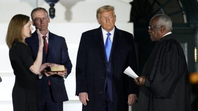 مراسم أداء باريت اليمين أقيمت في البيت الأبيض بعد مصادقة مجلس الشيوخ على تعيينها