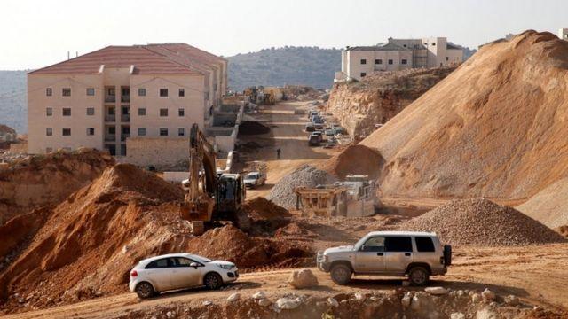 أعمال بناء في مستوطنة إسرائيلية