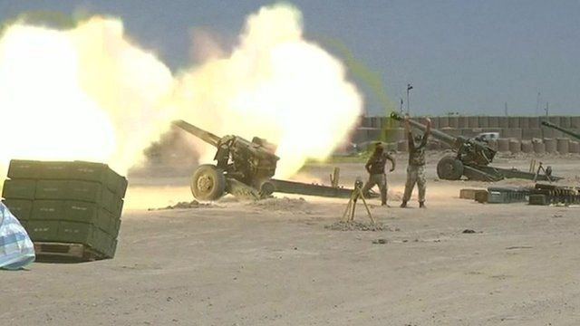 Heavy artillery is used to soften so-called Islamic State's defences in Falluja, Iraq
