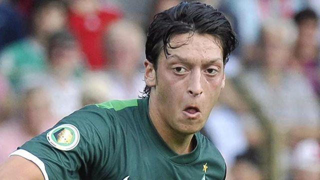 Mesut Özil, Werder Bremen formasıyla