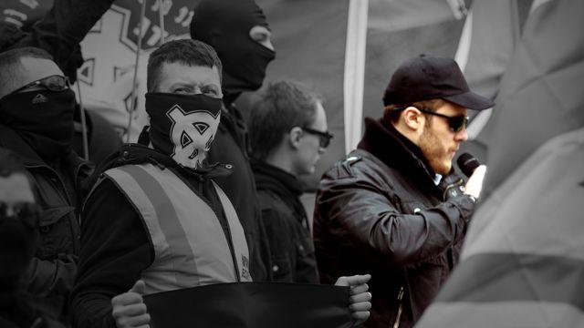 Matthew Hankinson em manifestação