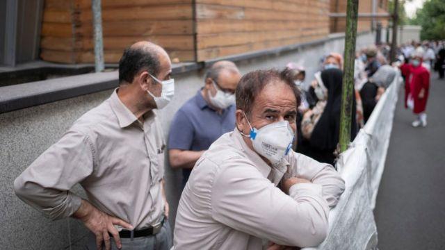 تصویری از صف واکسن کرونا در تهران