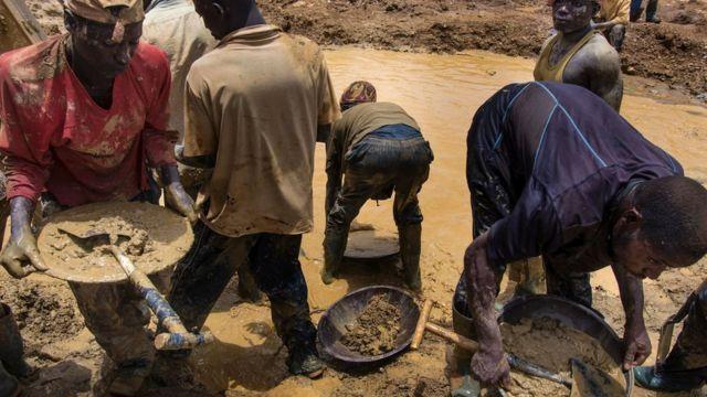 Enwela ọtụtụ ihe mberede n'ogige ngwupụta ọlaedo na Ghana.
