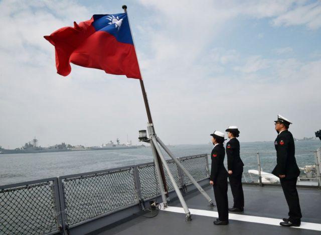 Đài Loan phàn nàn về việc lực lượng không quân TQ bay đến gần đảo quốc mà Trung Quốc tuyên bố là của mình