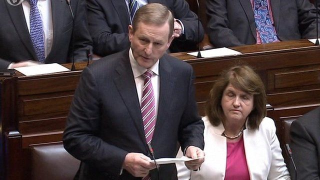 Enda Kenny announced in the Dáil that he was seeking a dissolution of parliament, paving the way for an election