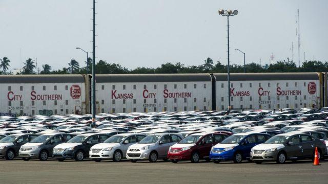 Planta de autos en Kansas.