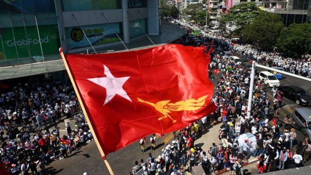 Resultado de imagen para Myanmar protestas