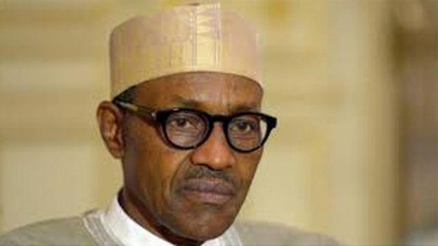 """Le président nigérian Muhammadu Buhari a présenté mercredi un budget """"ambitieux"""" pour l'année 2017 au Sénat"""