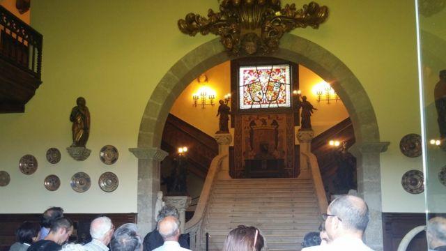 Escaleras en la entrada del Pazo de Meirás.