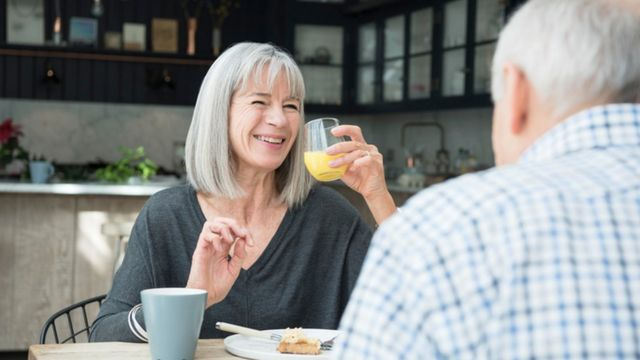 Жизнь старых людей вовсе не должна быть наполнена болезнями