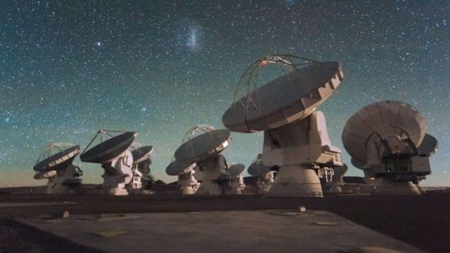 Antenas del radiotelescopio ALMA en Chile