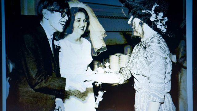Stephen Hawking en su matrimonio con Jane Wilde in 1965