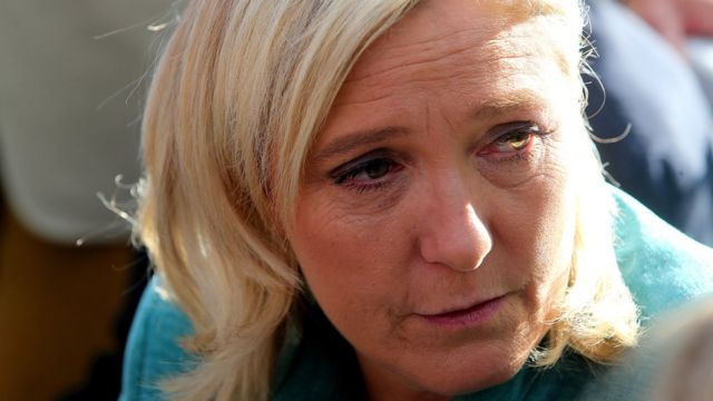 France FN leader Le Pen to stand trial over Muslim prayer row
