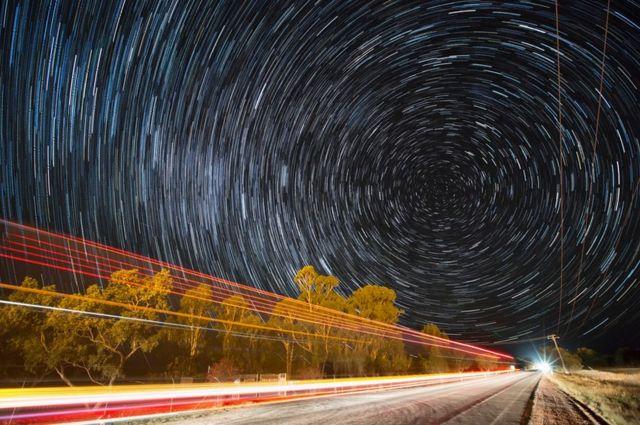 Imagen compuesta de una noche estrellada