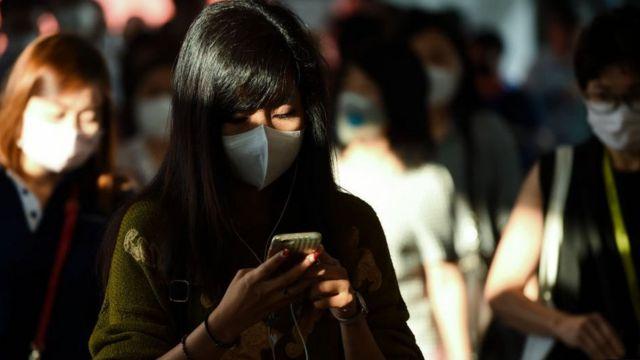 Žena na Tajlandu sa maskom