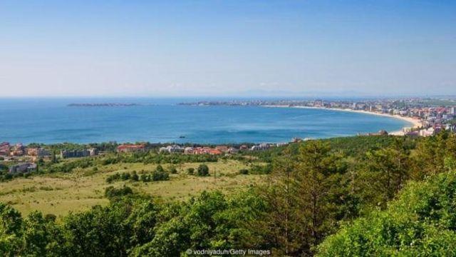 Bulgaria memiliki kekayaan sejarah arkeologis dari masyarakat Romawi, Yunani, dan masyarakat kuno lainnya