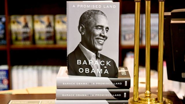"""Barack Obama's memoir """"A Promised Land"""" goes on sale ahead of the holiday season at Barnes & Noble Union Square on November 17, 2020 in New York"""