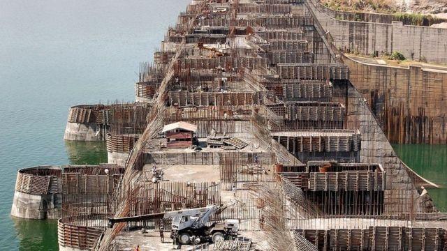 Construction Work on Narmada Dam going on in full-fledged manner