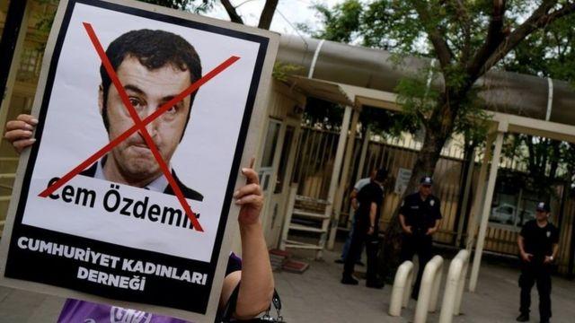 Ubudagi bwaburi abashingammateka bahamwa kutaja muri Turkiya