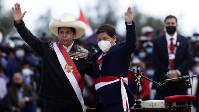 Pedro Castillo: el nuevo gobierno de Perú arranca con polémica tras el  nombramiento de Guido Bellido como primer ministro - BBC News Mundo