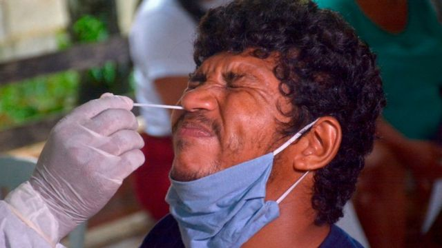 Prueba de coronavirus en Brasil.