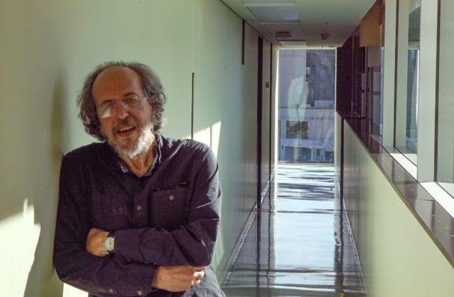 Prof Lee Smolin