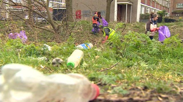Litter-pickers clean up eyesore in Spon End in Coventry