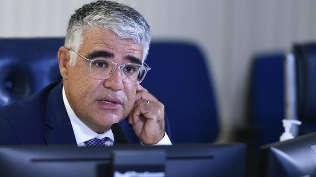 Senador Eduardo Girão