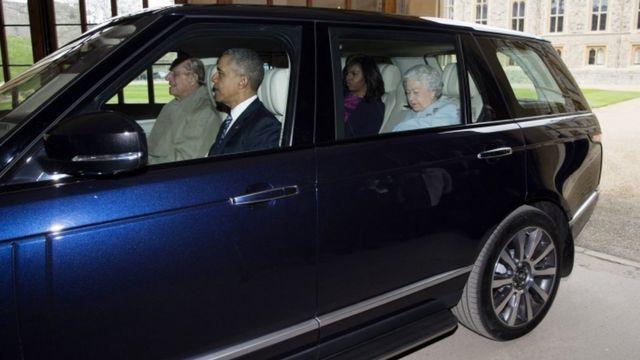 Igikomangoma Philip atwaye imodoka irimo Barack Obama, Michelle Obama n'Umwamikazi Elizabeth II