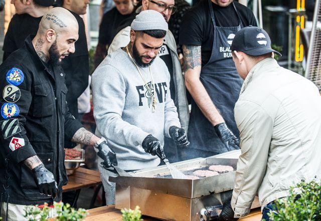 Открытие первой бургерной Black Star на Новом Арбате в 2016 году