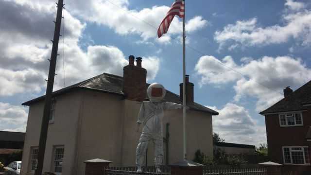 Astronaut scarecrow loses competition for Moon landing anniversary