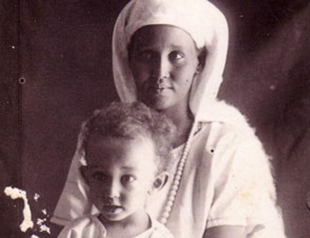 Ashkiro Hassan and her son Giorgio in Somalia, circa 1925