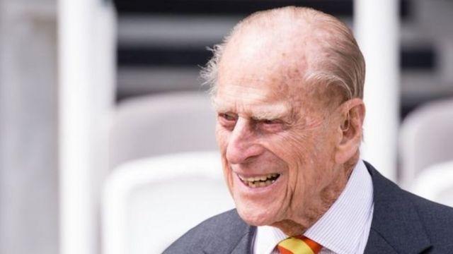Hoàng tế Philip, trong ảnh chụp tại Sân cricket Lord hôm thứ Tư 3/5, sẽ lên 96 tuổi vào tháng sau.