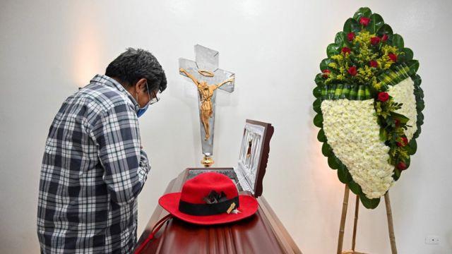 Funeral de una víctima de la violencia