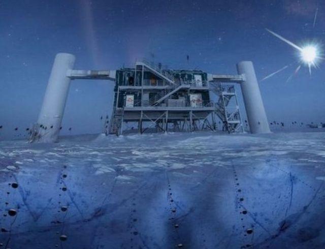 เครื่องมือตรวจจับอนุภาคนิวทริโนที่ขั้วโลกใต้ของโครงการทดลองไอซ์คิวบ์