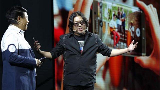 高晓松是跨界名人,身兼音乐人、导演、作家、主持人等。