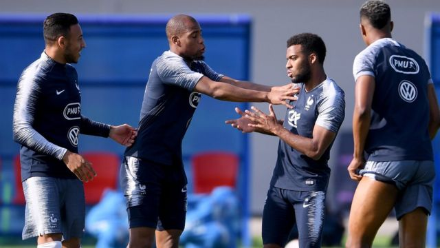 Nabil Fekir, Steven Nzonzi, Thomas Lemar and Presnel Kimpembe joke during a France trainig session on July 12, 2018 in Moscow, Russia. (Photo by Laurence Griffiths/Getty Images)