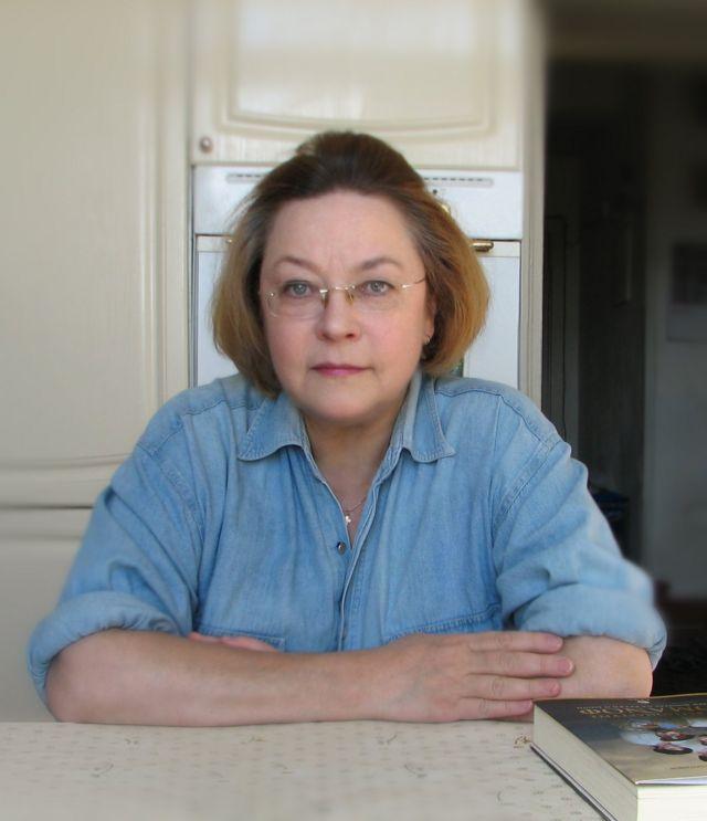 退休的德語教授謝日尼娜