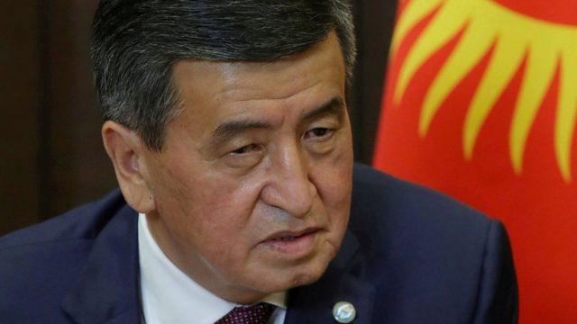 قال رئيس قيرغيزستان إنه سيلتقي مع الأطراف من أجل تخفيف التوترات