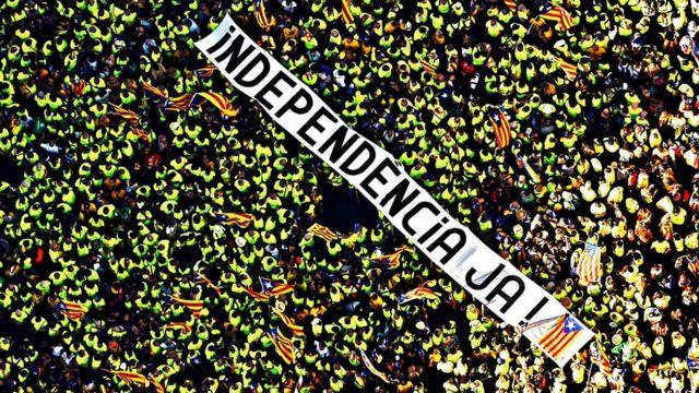 Тисячі каталонців пройшли Барселоною у Національний день регіону 11 вересня