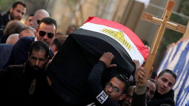 تشييع قتلى انفجار الكنيسة البطرسية في القاهرة