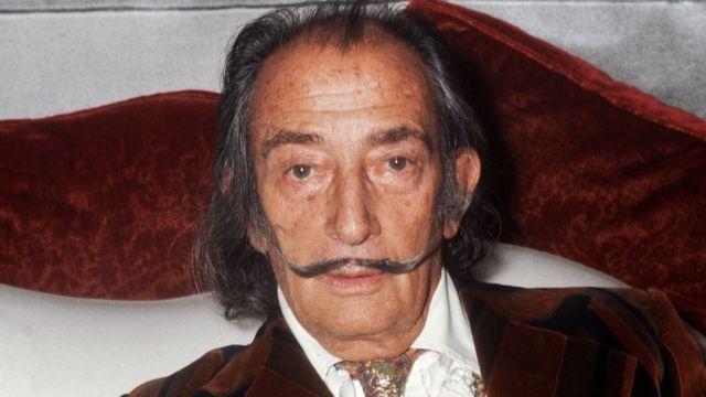 Foto de Salvador Dalí tomada en 1972 en Paris