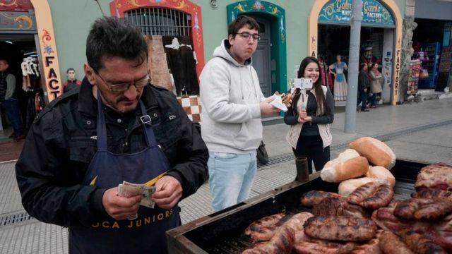 Vendedor de chorizos en Buenos Aires