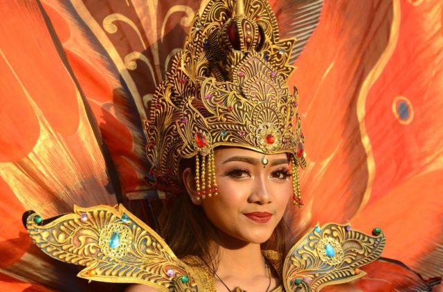 为何印尼人很少说官方语言印尼语