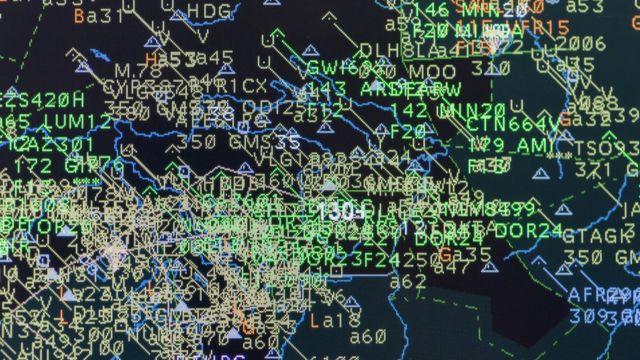 Pantalla de tráfico aéreo
