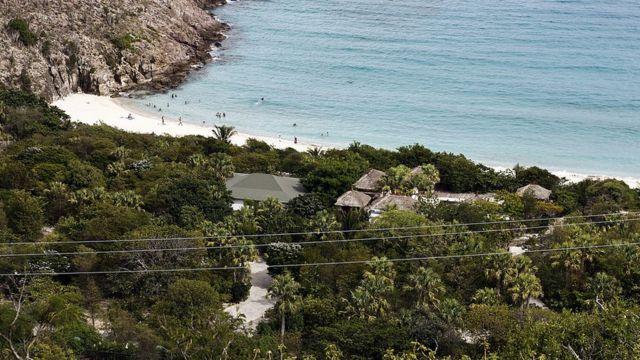Владения Романа Абрамовича на острове Сен-Бартелеми, Гваделупа
